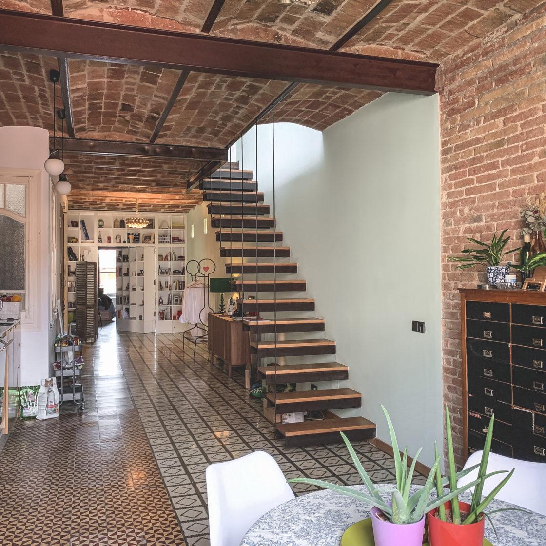Green-Penthouse escaleras