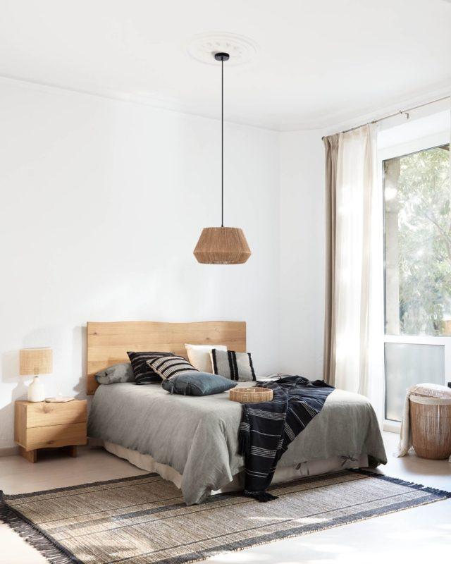 🇳🇺 🇦🇵🇦🇷🇹🇲🇪🇳🇹  En shoot. nos consideramos unos amantes del interiorismo. 😍 Nos encanta ver las propuestas de los diferentes clientes. En este caso, los muebles de @kavehome_es fueron los protagonistas del Nü Apartment y ¡cómo lucen!  #feelshoot #nuapartment #shootestudios #shooting #barcelona #bcnlocations #newdecor #decoration #set #productionset #fotografia #picoftheday #roommakeover #moderndesign #interiorismo #diseñodeinteriores